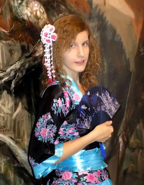 buzdor kanzashi, tsumami kanzashi, kimono fotózás, HaNa édességek, Japán cuccok